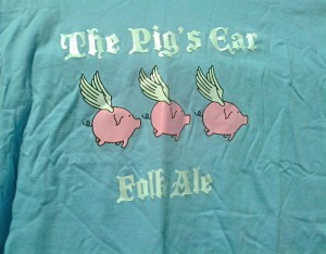 Flying Pigs Folk Ale T-shirt
